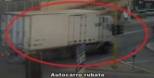 Rubavano furgoni carichi di merce, nove arresti a Bari