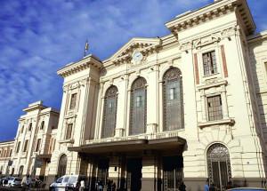 Lite tra extracomunitari nei pressi della stazione di Prato: tre denunciati
