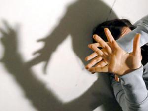 Uomo compiva crudeli violenze sessuali nei confronti della ex-convivente