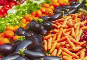 Consumi: record di 9 miliardi per la frutta, svolta salutista