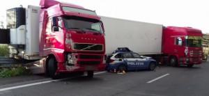 Grave incidente sulla Messina-Catania, morto un poliziotto