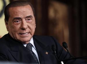 Berlusconi: 'Mi candido alle Europee'