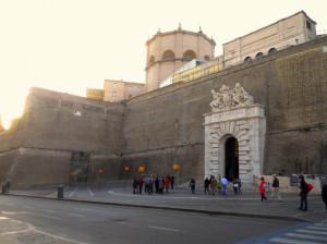 Chiusa agenzia di viaggi abusiva e sequestrati 1.800 biglietti per i Musei Vaticani