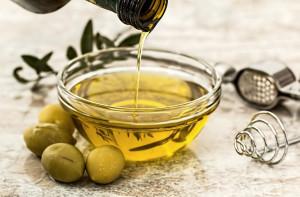 Nel 2019 addio a sei bottiglie di olio italiano su dieci