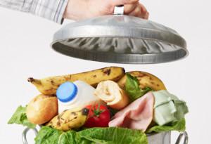 Consumi, ecco il decalogo anti spreco a tavola