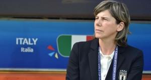 Una donna arbitrerà la Supercoppa Europea, Milena Bertolini: 'Stanno cadendo tanti muri'
