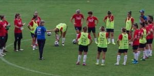 Milena Bertolini confermata alla guida della nazionale femminile di calcio
