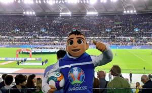 Ufficiali le sedi di ritiro delle 20 nazionali qualificate: la Svizzera sceglie Roma