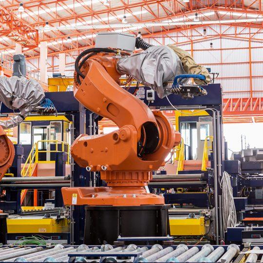 Automation och robotik inom industrin.