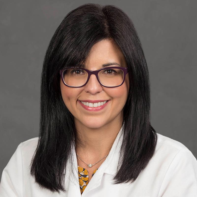 Headshot of Naymee Velez-Ruiz