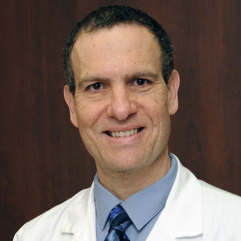 Headshot of Raul Mitrani, MD