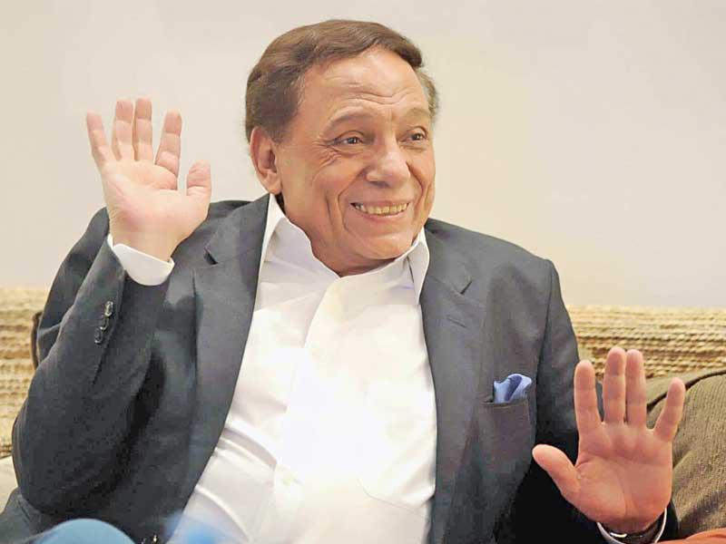 جريدة الجريدة الكويتية   عادل إمام يصور «فلانتينو» في «فيلته» الخاصة