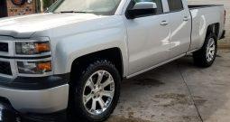 SILVERADO 2500 2014 CAB EXT UN DUEÑO, AUTOMATICA, AIRE, RIN 20, LLANTAS NUEVAS, IMPECABLE