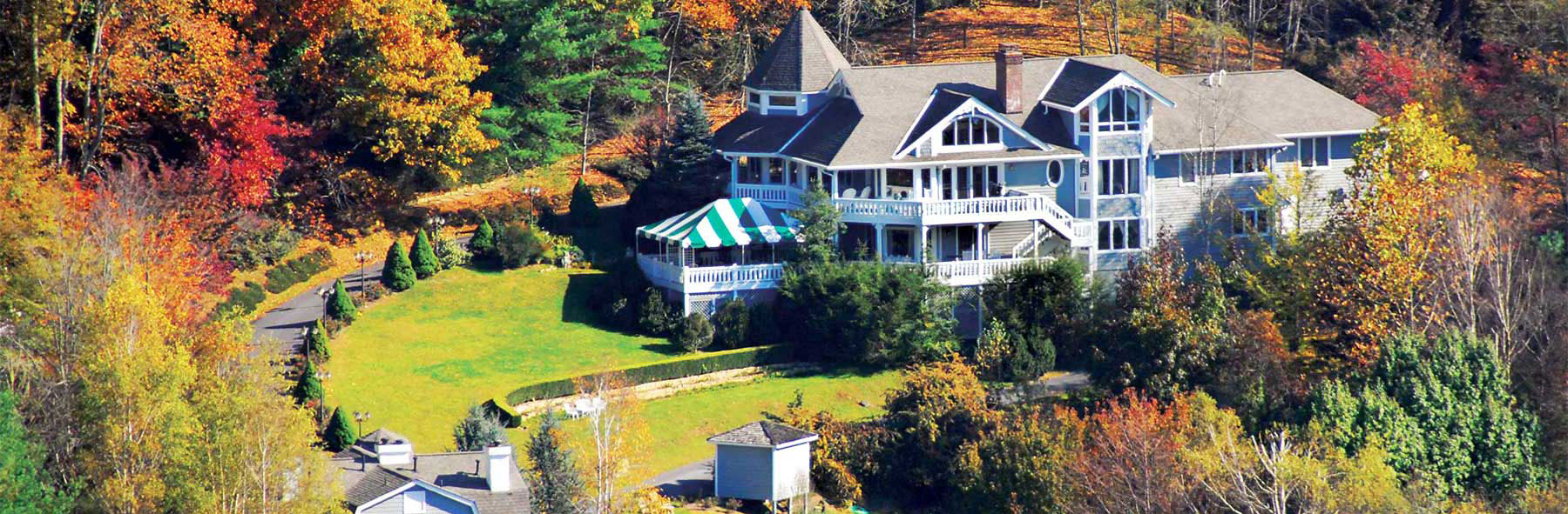 Photo of Innisfree Bed & Breakfast By-The-Lake