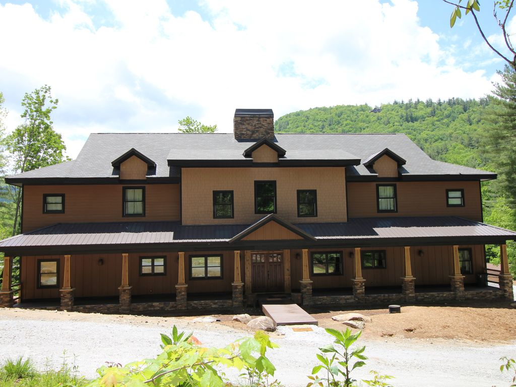 Photo of Logan Creek Lodge