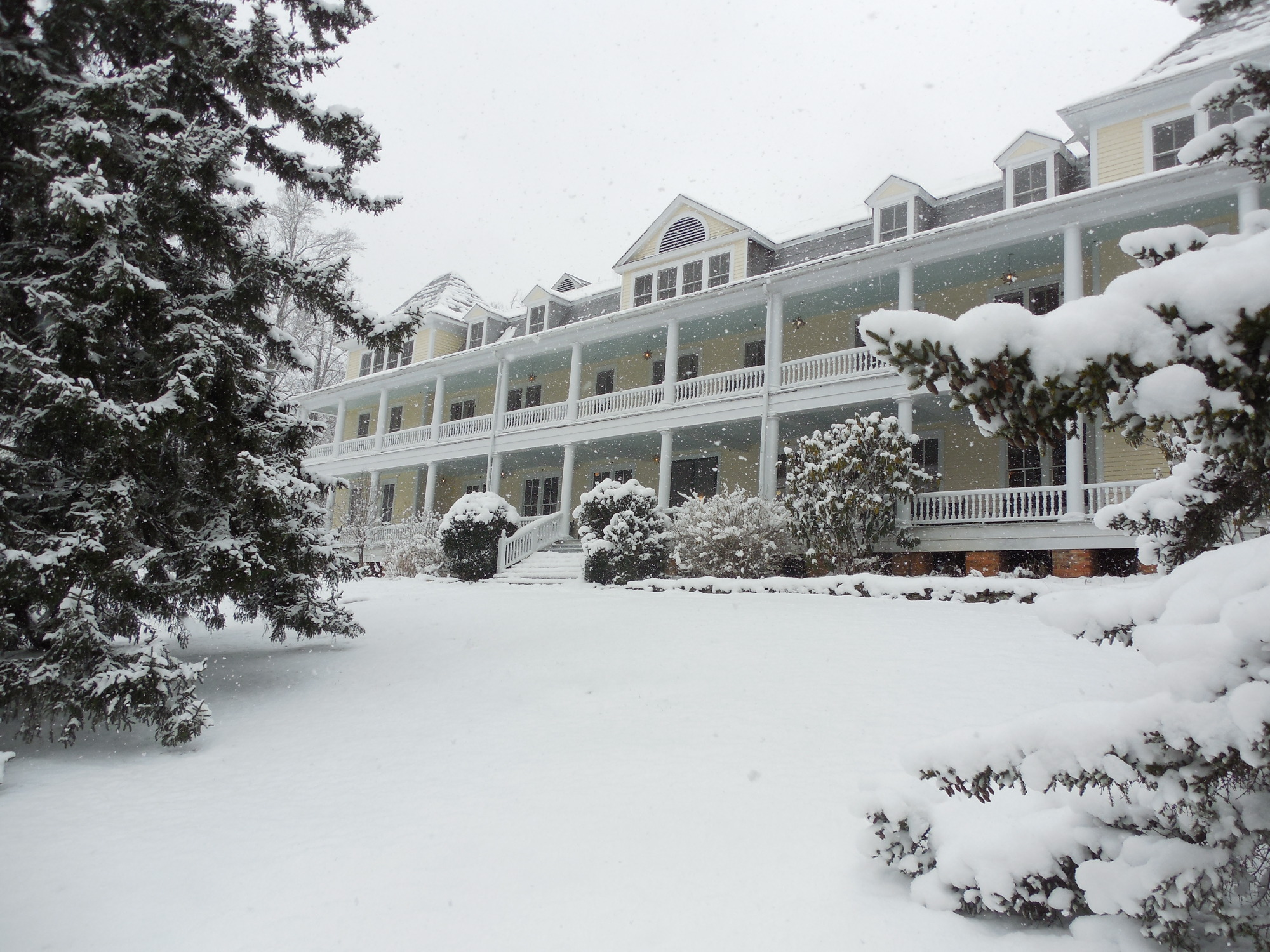 Photo of Grand Old Lady Hotel