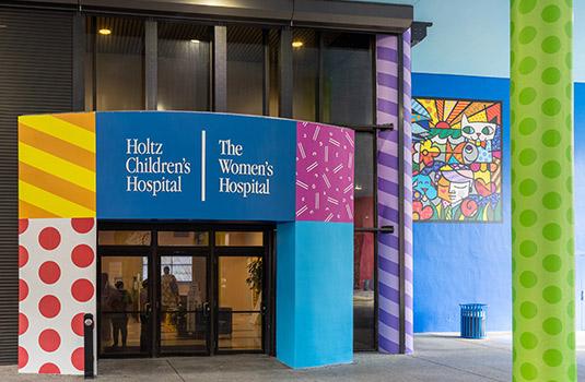 The front door of Holtz Children's Hospital