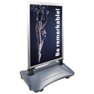 People Stopper Wind-On PREMIUM, panou mobil rezistent la vânt cu rezervor pentru apă sau nisip S7, JJ DISPLAYS, 700 x 1000 mm