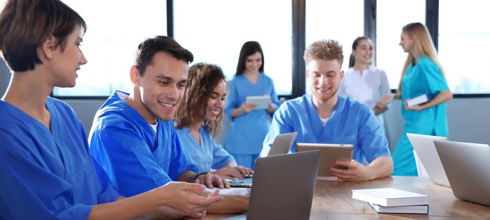 nursing-school-classmates
