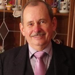 Szabó Ferenc (VARROGÉPSZERVIZ) Varrónő Ősi Várpalota