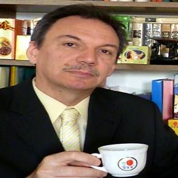 Vörös Gyula -- Egészséges ... KÁVÉ VILÁG KLUB ... www.KAVEVILAG.net Természetgyógyász Szarvas Esztergom