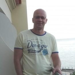 Meszes Sándor Szobafestő, tapétázó Bugyi Budapest - VII. kerület