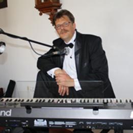 Attila Tóth Zenész Szombathely Tiszapalkonya