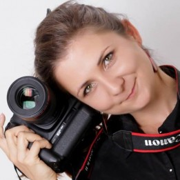 Emese Májer Esküvői videós Jászberény Budaörs