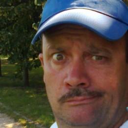 Wolfi Rudy ( dr.vízgyógy -ÁSZ) Zárszerelés Oroszlány Tatabánya