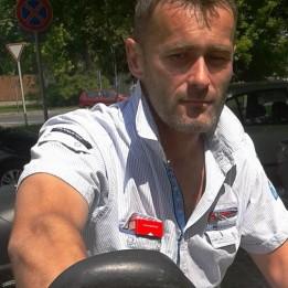 Kugli Krisztián Szobafestő, tapétázó Tét Győr