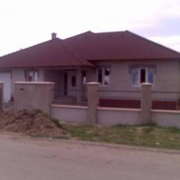 Felújítás Építés -  - Szeged
