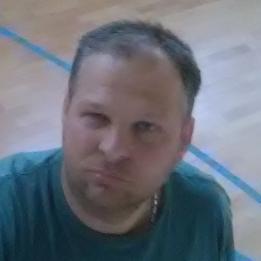 Máté Tamás Melegburkoló, parkettázás Komló Pellérd