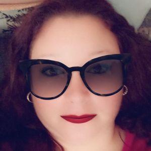 Tiszáné Kenyó Andrea Bejárónő, házvezetőnő Farmos Farmos