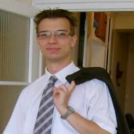 Vigh Bence Szövegíró, újságíró Szeged Szeged