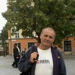Tabi László Kárpitos Sárbogárd Pusztaszabolcs