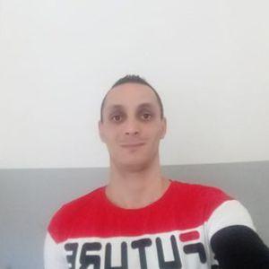 Sütő János Melegburkoló, parkettázás Szomód Oroszlány
