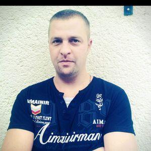 Kőröshegyi István Szobafestő, tapétázó Alsópáhok Balatonkeresztúr
