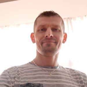 Tulézi Csaba Szobafestő, tapétázó Surd Nagykanizsa