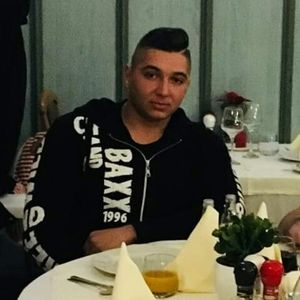 Farkas Ignác Richárd Szobafestő, tapétázó Balatonalmádi Szolnok
