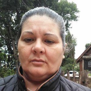 Lőrincz Éva Bejárónő, házvezetőnő Szerencs Miskolc