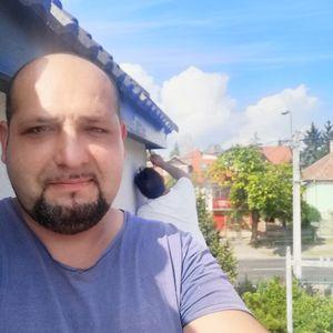 Csikja Attila Elemér Szobafestő, tapétázó Váckisújfalu Budapest - V. kerület