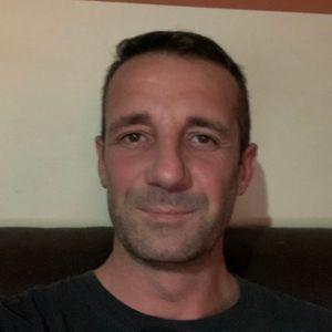 Almási Imre Szobafestő, tapétázó Gárdony Budapest - VI. kerület