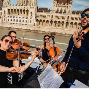 Black and Blue Quartet Zenész Gyöngyös Budapest - III. kerület