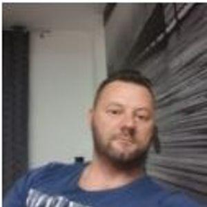 Holdasi Attila Kábeltévés, antenna szerelő Mikepércs Püspökladány
