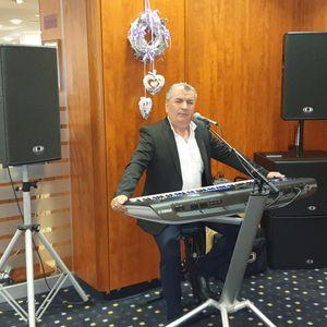 Kádár Tibor Zenész Szombathely Bük