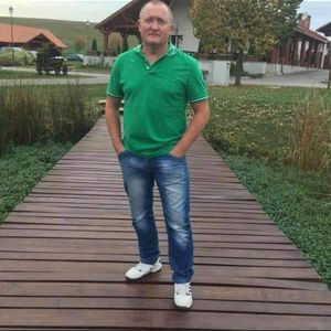 Pesti György Melegburkoló, parkettázás Taszár Pécs