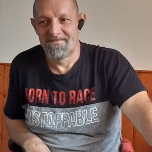Tóth Tamás Karosszéria lakatos Szigetmonostor Szigetmonostor
