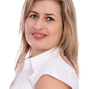 Dobos-Petró Gabriella Hitelszakértő, pénzügyi tanácsadó Cegléd Cegléd