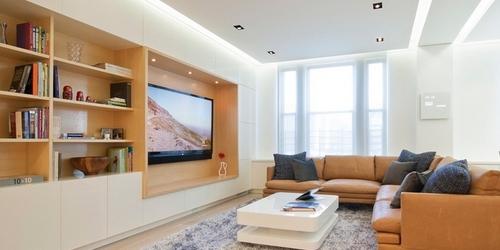 Mennyezet,mely modern, otthonos, ámde egyszerű.