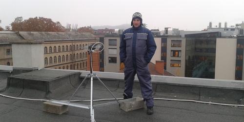 MindigTv telepítése tetőre Call center részére